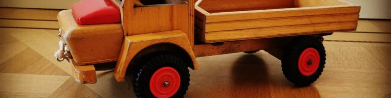 Vintage houten speelgoed als styling element.